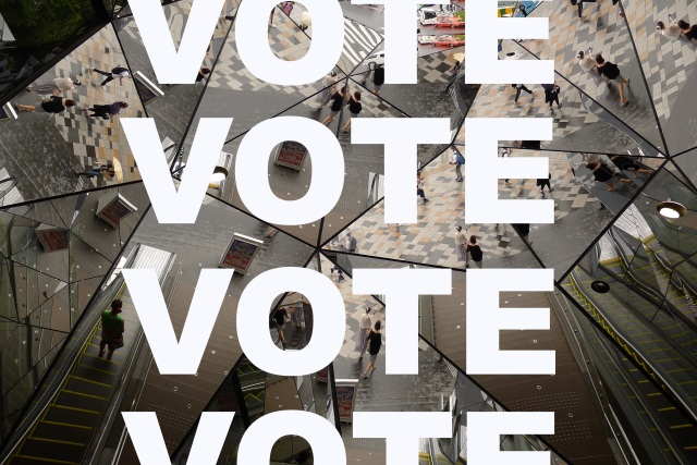 It's time to vote, vote, vote for your favourite photo!