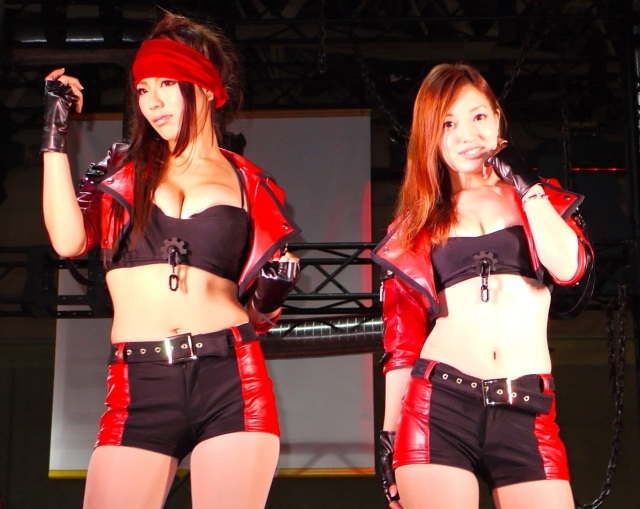 Pirates, pink hair and temporary tattoos: The girls of Tokyo Game Show  2014【Photos】