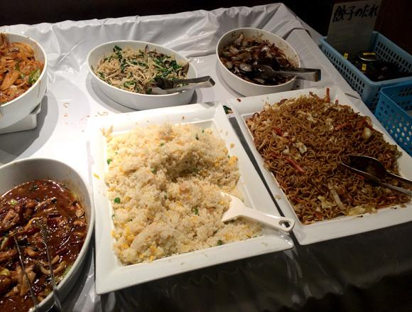 600-yen Chinese buffet opens in Tokyo, Americans rejoice