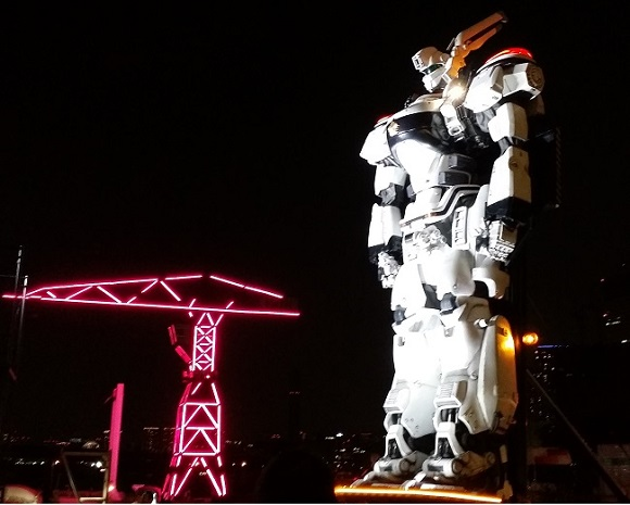 Coming face-to-boot with the giant Patlabor statue【Photos】
