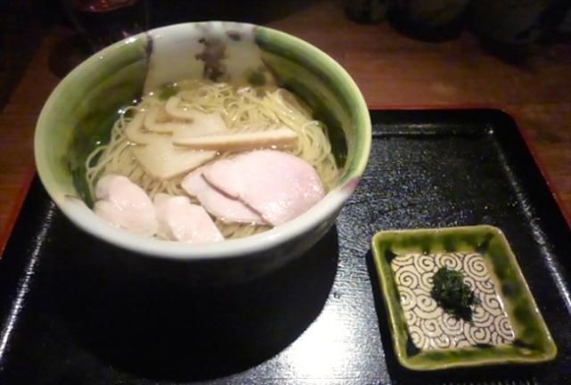 Green tea ramen? Of course we had to give it a try!【Taste Test】