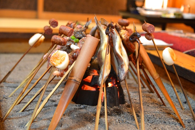 "Play with fire at an old-fashioned ""irori"" hearth restaurant"