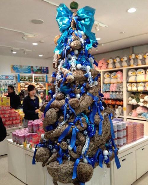 O Christmas tree, O Christmas tree, how amphibian-like are thy branches
