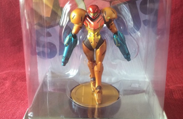 Dual-wielding Samus Amiibo auctions for $2,500