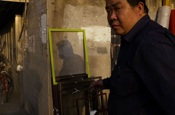 self-taught-perfectly-timed-street-photography-china-tao-liu-8