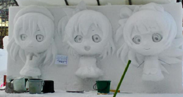 Snow sculpture of anime girls with soulless eyes is bone-chilling in two different ways