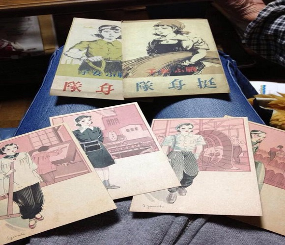 Japanese granny attempts to trash treasure trove of old photographs, is thwarted by grandkids