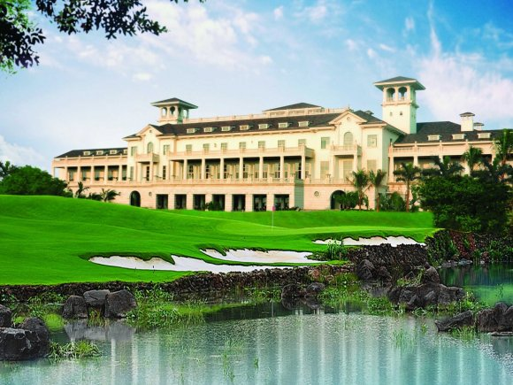 the-mission-hills-group-also-built-another-course-in-haiku-hainan-in-china
