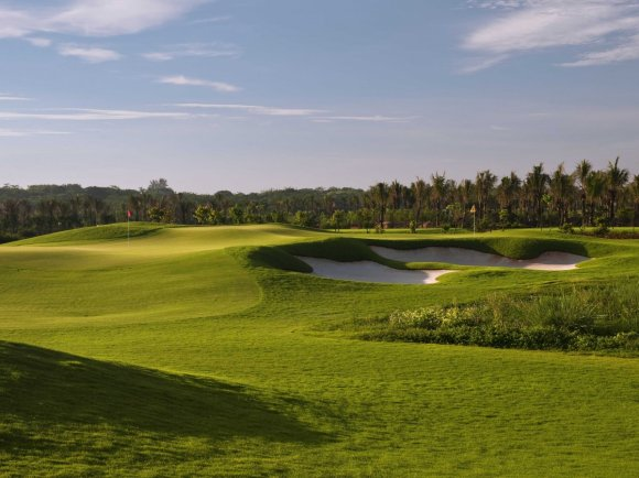 with-two-pins-at-each-green-the-double-pin-course-was-designed-to-offer-options-one-is-easy-and-one-is-difficult-making-this-course-good-for-players-of-all-levels