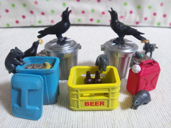 "Crow, rat, and garbage capsule toys huge hit; perfect for creating ""trashy"" scenes"