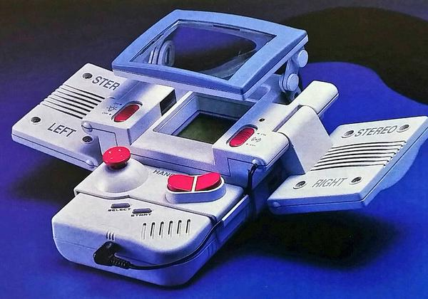 "Japanese netizens rediscover ""Full Armor Game Boy,"" question how the '90s defined portability"