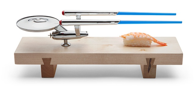 Enjoy your sushi with a dash of Star Trek flare with a U.S.S. Enterprise sushi set!