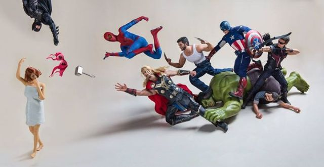 """""""The Inappropriate Avengers"""": Marvel/DC heroes like you've never seen them before 【Photos】"""