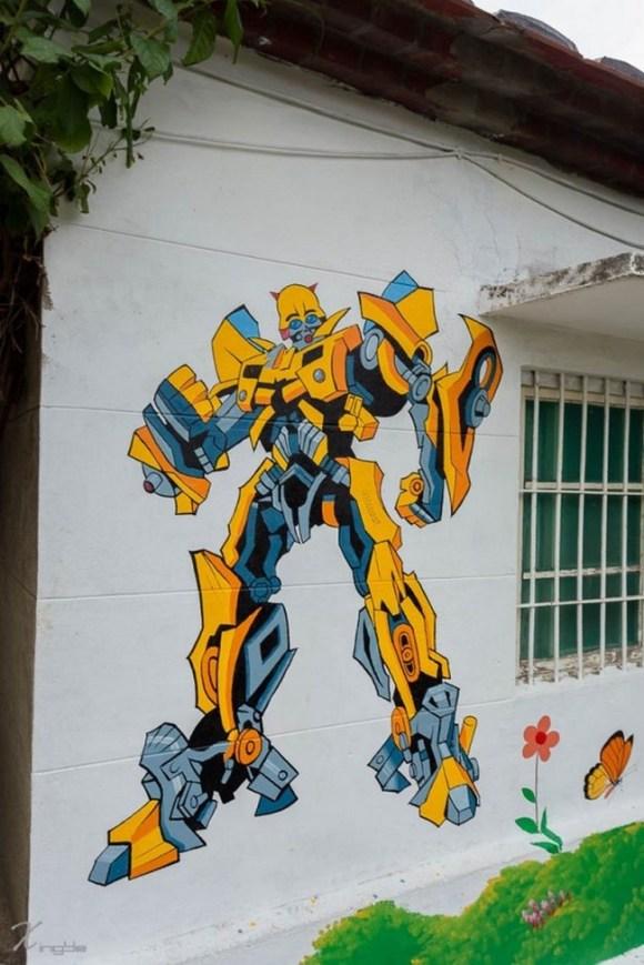 huija-street-art-1-600x899