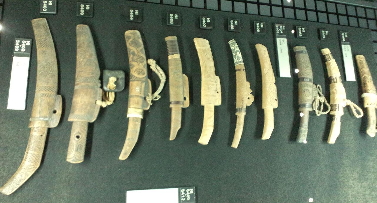 National_Museum_of_Ethnology,_Osaka_-_Small_knife_(Makiri)
