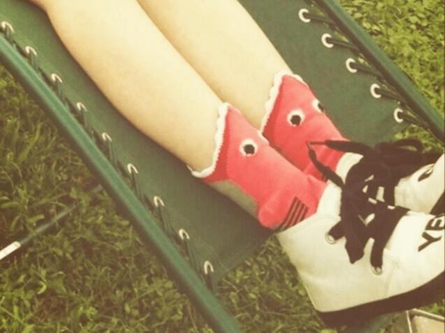 Trendsetter Kyary Pamyu Pamyu makes a splash with cute shark socks, inspires copycats