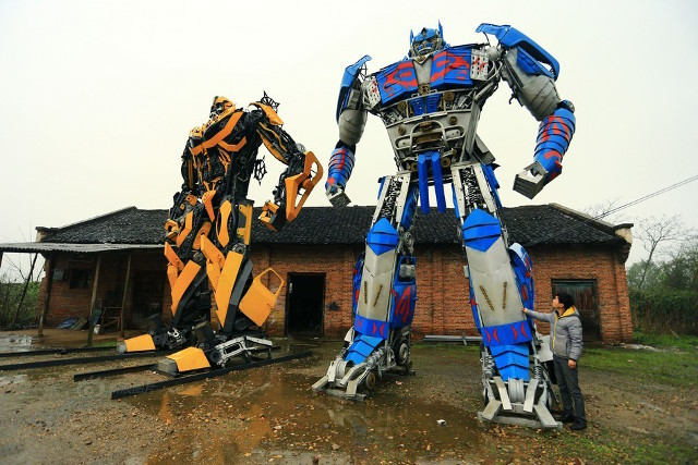 Father and son turn car parts into profit by building amazing, enormous, Transformer models