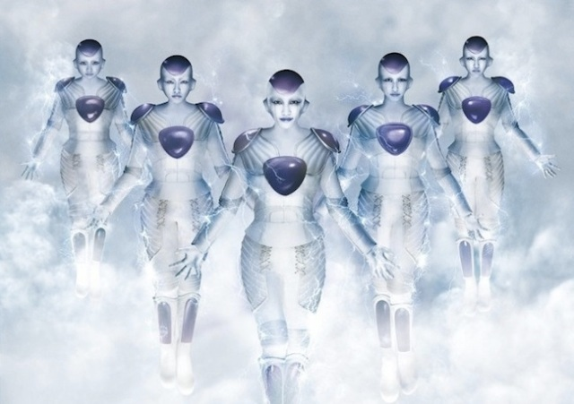 Members of idol Group Momoiro Clover Z turn into Frieza! But wait, what exactly happened here?