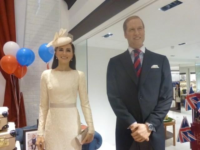 Japan celebrates birth of royal baby, brings Duke and Duchess of Cambridge to shop in Omotesando
