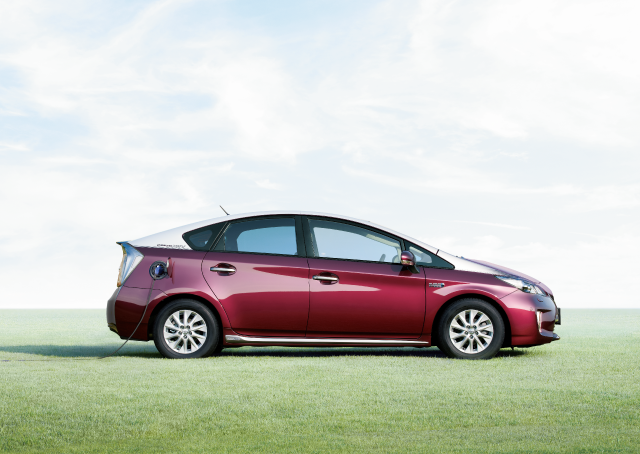 Breathe easy – Toyota redesigning Prius plug-in hybrid to double car's all-electric range