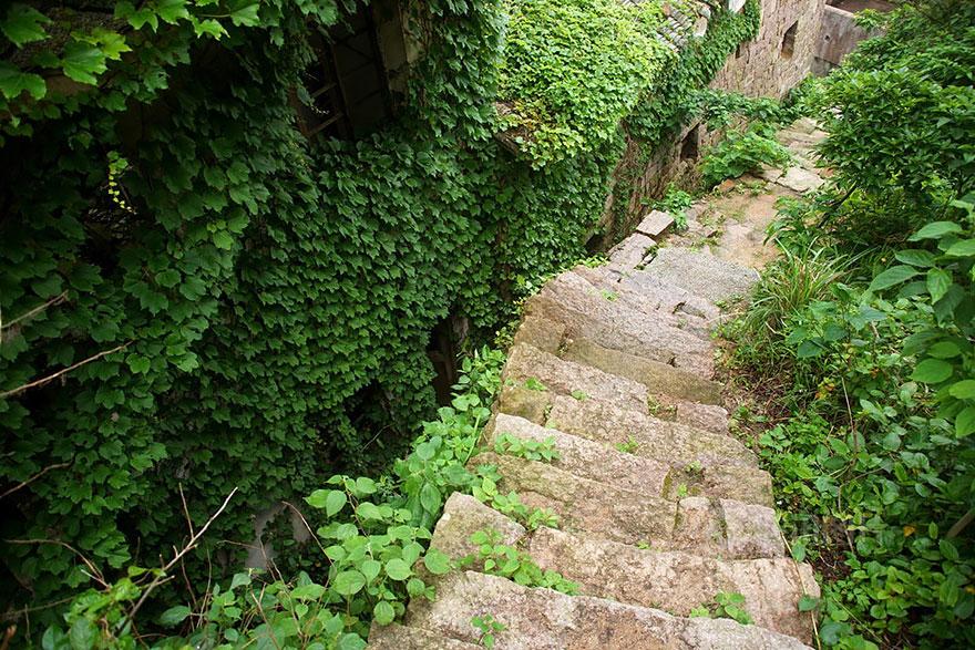 abandoned-village-zhoushan-china-106