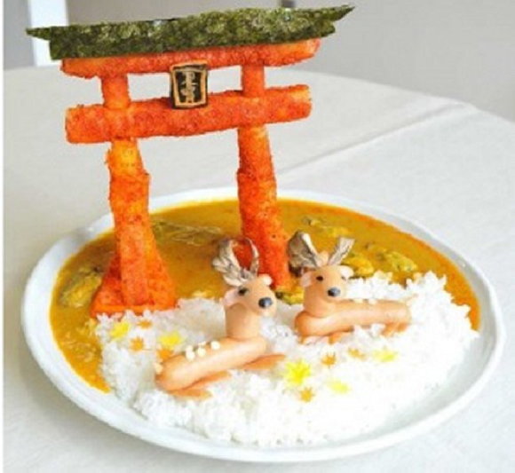 Impressive replicas of iconic Japanese tourist spots made from curry
