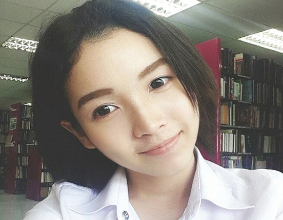 "Thai university student and ""otoko no ko"" Jade Woe has all the brains AND beauty, too!"