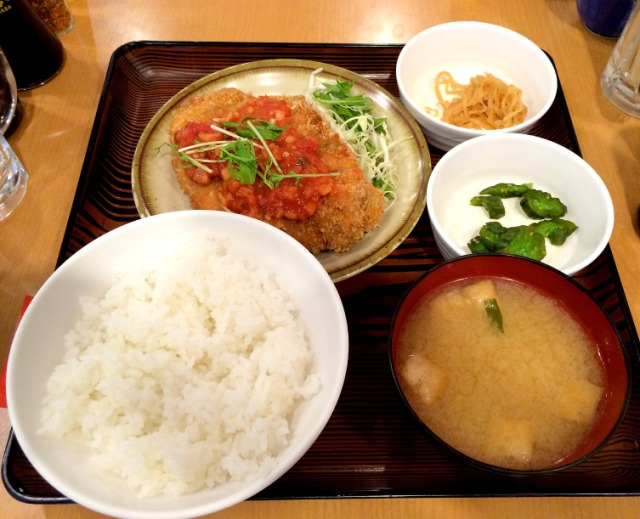 Who needs fast food? Tokyo restaurant has awesome cutlet lunch sets for less than five bucks