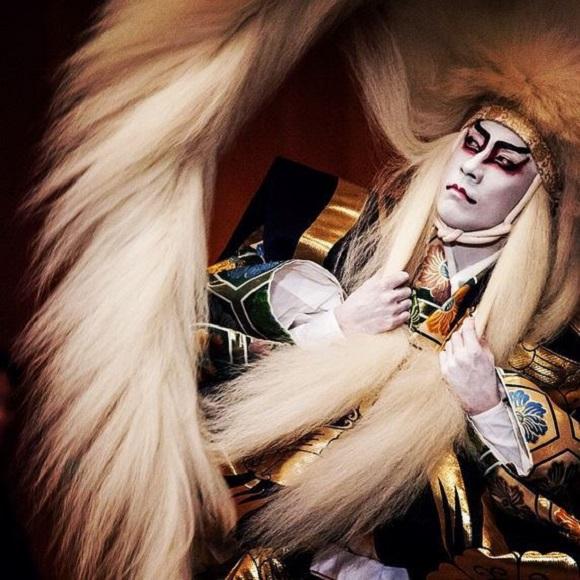 Ebizo Ichikawa XI unmasks the world of kabuki with amazing collection of behind-the-scenes images