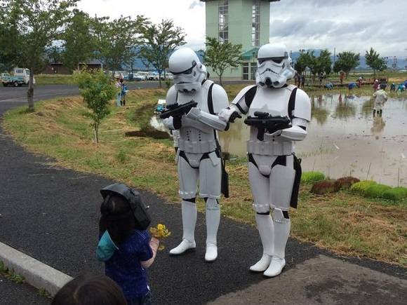 Star Wars mania in full swing in Japan with rice field art and stormtroopers