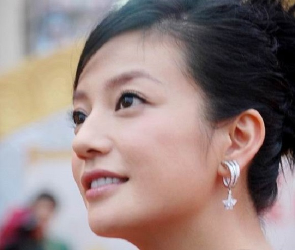 Man attempts to sue Chinese actress for staring at him too much… through his TV screen
