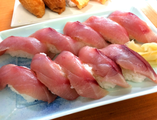 Sushi shop in Tokyo has no name, passes savings on to you with 10-yen sushi!