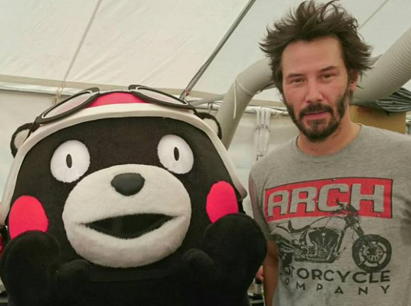 Kumanu!!! Japan's most popular mascot meets Keanu Reeves at endurance motorcycle championship