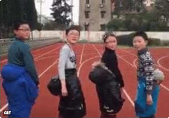 Japanese teens discover trick to look years younger, may cause back problems 【Video】