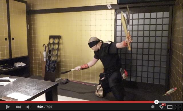 Smoking food and sword juggling at Kyoto's Ninja Labyrinth restaurant【Video】