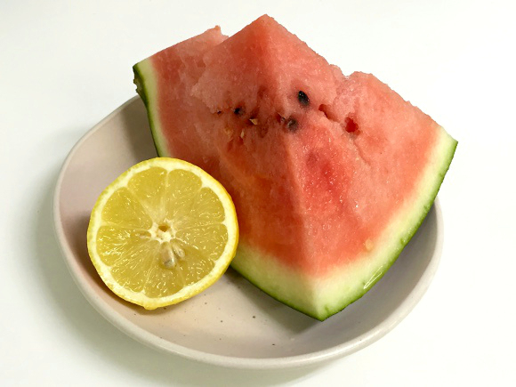 What do our Japanese writers think about putting lemon juice on watermelon?