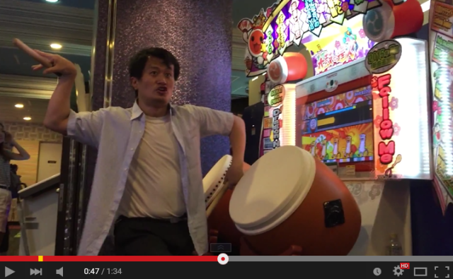 Man goes drum crazy with Taiko no Tatsujin performance equal parts awesome and hilarious 【Video】