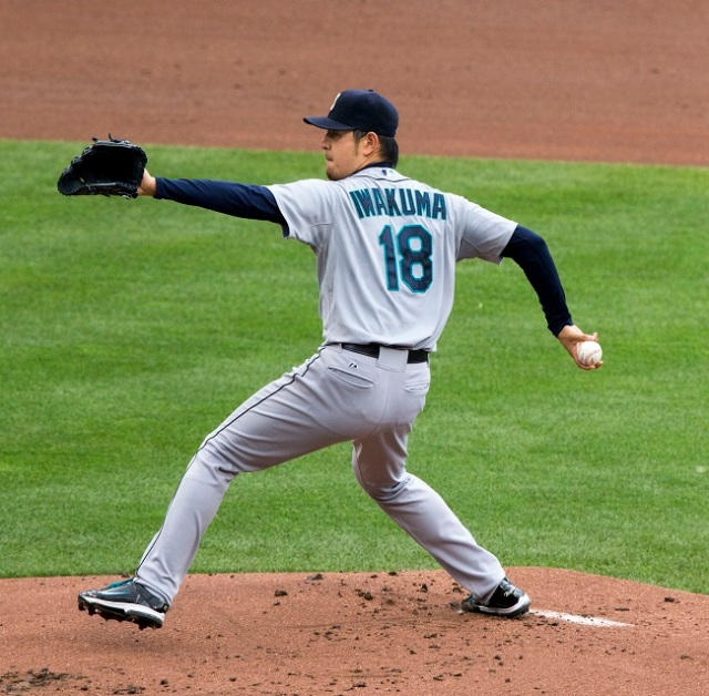 Hisashi Iwakuma becomes the 2nd Japanese pitcher in MLB history to throw a no-hitter