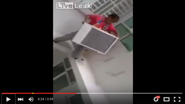 Air conditioner installation in China is for acrobats, not acrophobics 【Video】