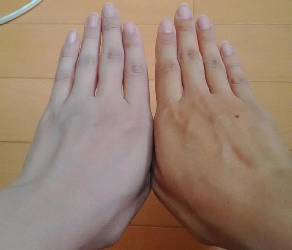 Cosplaying as an ultra-pale character? Japanese Twitter users have found the perfect product!