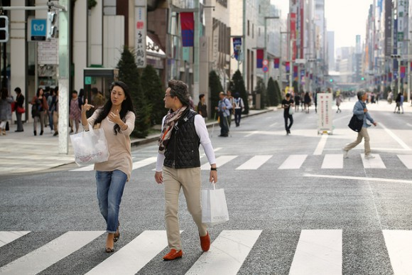 On the short side? Lucky you! Japanese women describe what they love about shorter men