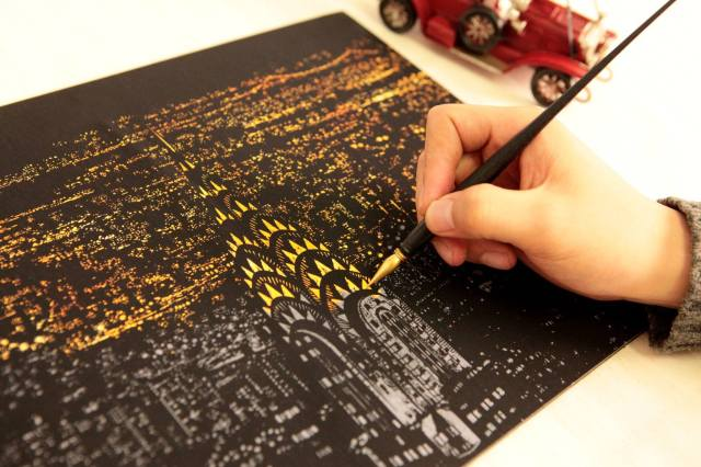 Scratching is the new coloring! Scratch art is the up and coming trendiest hobby in South Korea