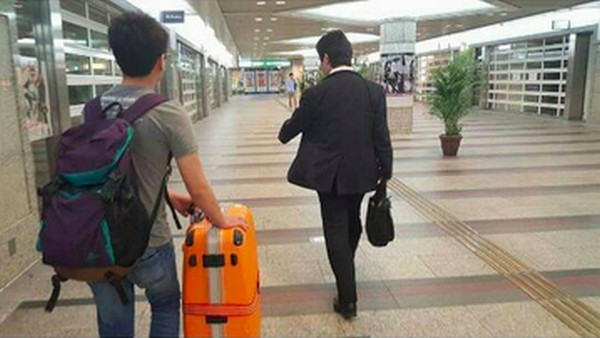 Japanese man helps lost Taiwanese tourists, thanks them instead, warms the hearts of netizens