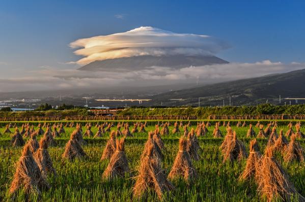 Mt. Fuji becomes Studio Ghibli's Laputa following recent typhoon 【Photos】