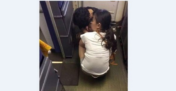 Chinese mom thinks airline's toilet is too small, makes her son poop in the rear cabin