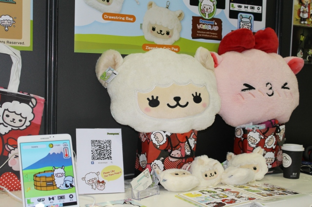 Play with fluffy alpaca mascot Fuwapaca in two free mobile games【TGS 2015】