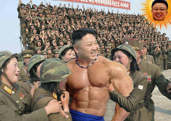 Kim Jong-un visits North Korean women soldiers, internet Photoshop battle ensues【Pics】