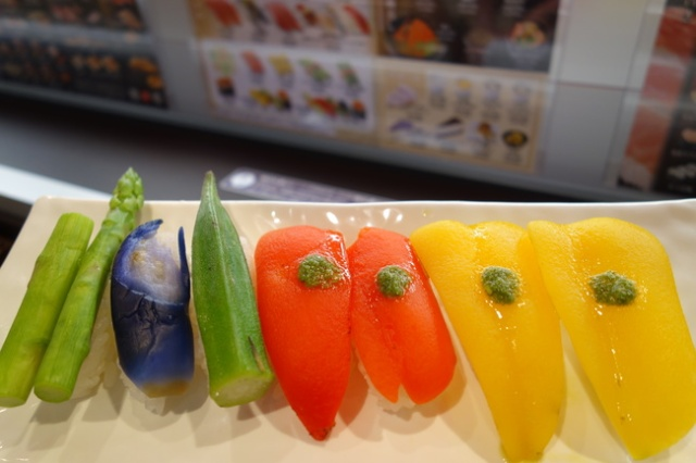 We try vegetarian sushi at Tokyo's newest sushi train restaurant 【Pics & Taste Test】