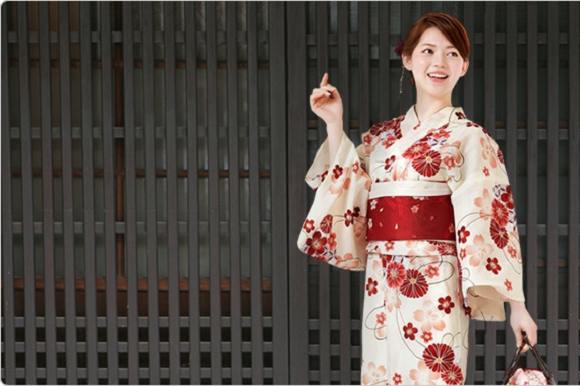 Japanese men reveal 10 times they fell in love with their wives all over again