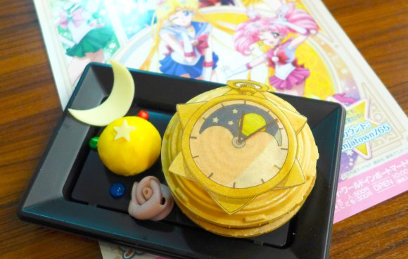 We try cute meals, drinks and sweets from Namja Town's Pretty Guardian Sailor Moon Crystal menu
